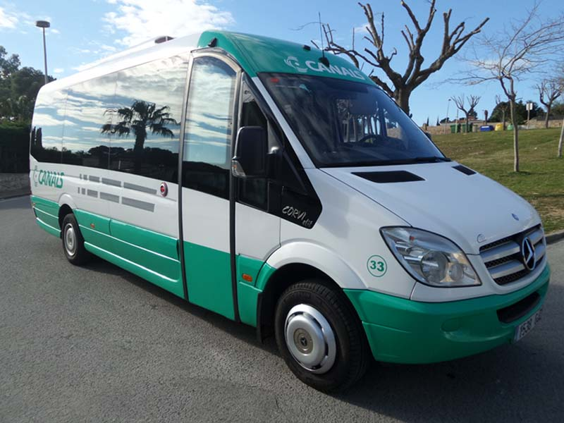 Mercedes-Benz Minibuses: comfort for small groups